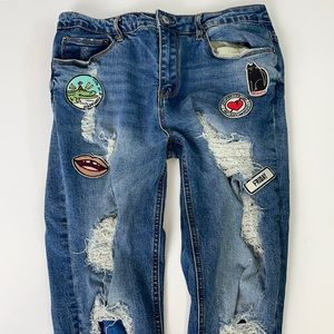 FOREVER 21 SZ 29 Distressed w/patches jeans